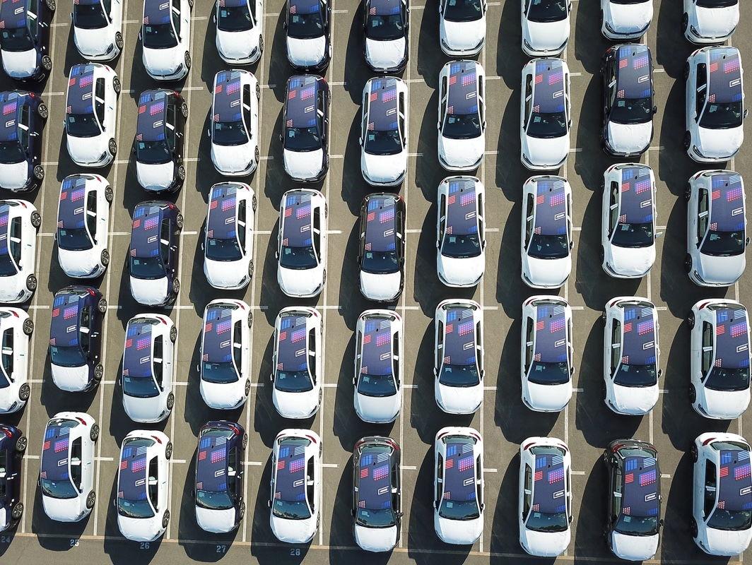 Volkswagen планирует инвестировать в производство батарей