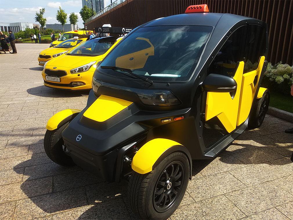 Калашников представил электромобиль для такси и каршеринга